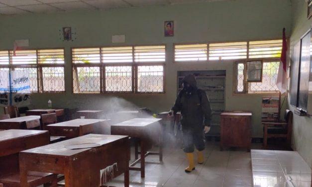 Aksi Cegah Covid-19 dengan Penyemprotan Disinfektan